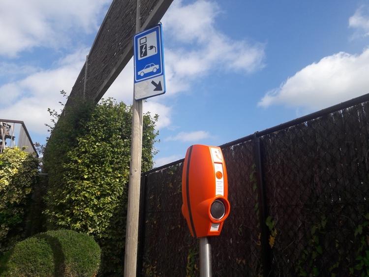 Moobi Charge - Je elektrische wagen opladen